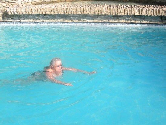 Renaissance Antalya Beach Resort & Spa: Piscine relaxation semi-chauffée en hiver
