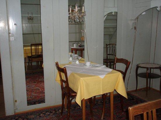 Hotel Trais Fluors: Frühstück