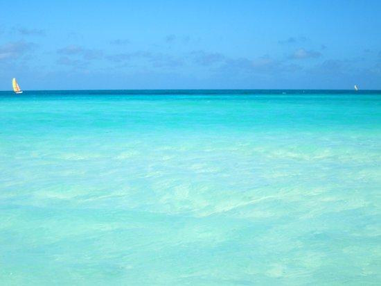 Royalton Cayo Santa Maria: Couleur de l'eau :)