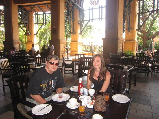 The Kingdom at Victoria Falls: Breakfast