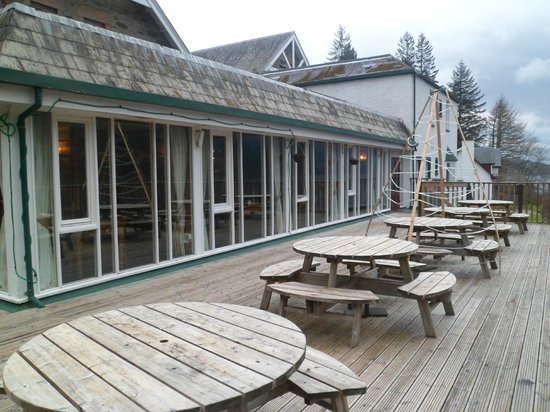 Letterfinlay Lodge Hotel: Sundeck