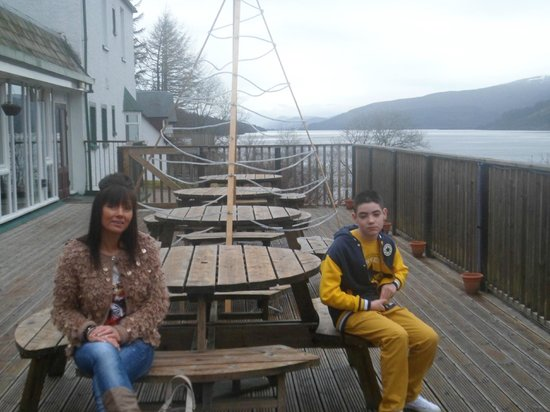 Letterfinlay Lodge Hotel: Sun deck