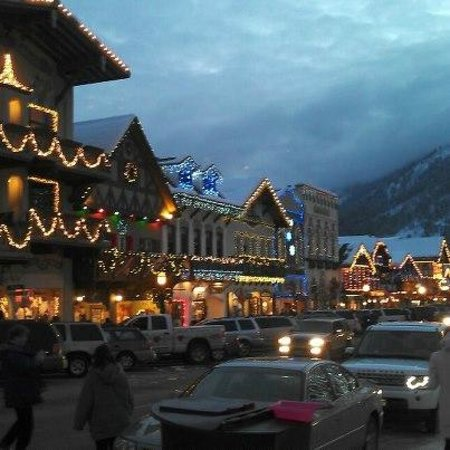 Mrs. Anderson's Lodging House: Leavenworth New Years Eve 2012