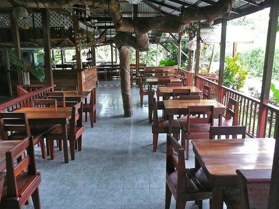 Selvin's Cabinas: The open air dining room of the nearby Selvin's restaurant – open only at night