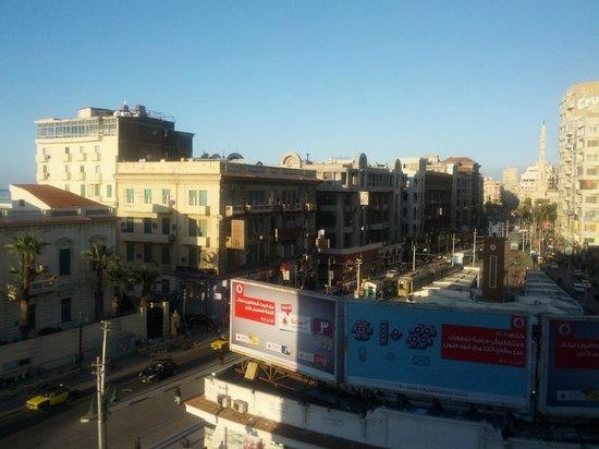 Paradise Inn Le Metropole Hotel: View of Alexandria Downtown