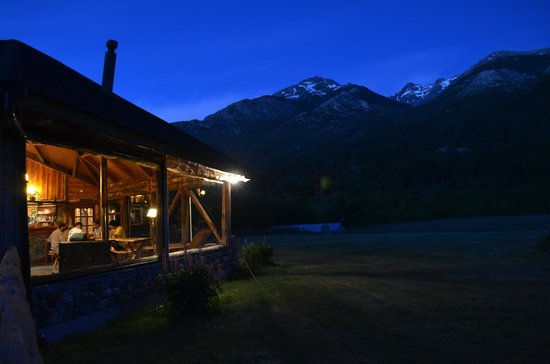 H2O Patagonia: Evening dinners in the main guest area were fabulous