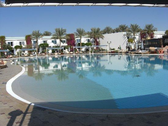 Sultan Gardens Resort: Pool 2