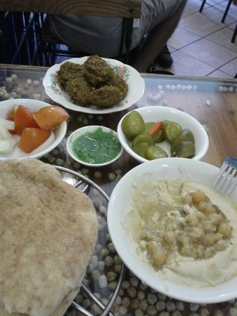 Hummus Ben Sira : full meal