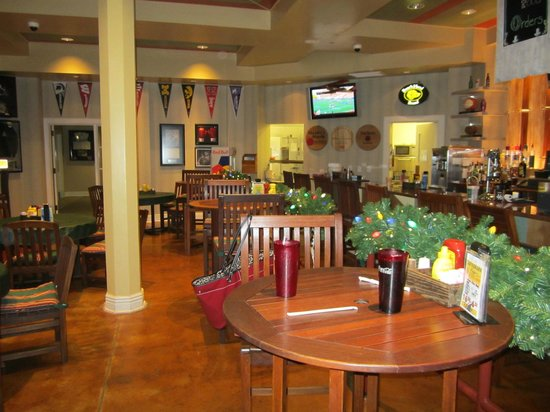 French Lick Springs Hotel: Inside deli near pool