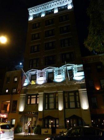 Park South Hotel: ParkSouthHotel bei Nacht
