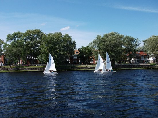 Le Domaine de la Baie : Activité sur la rivière St-Maurice (Shawinigan)