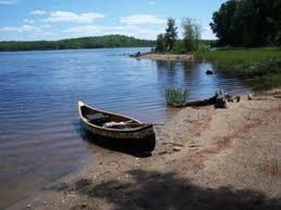 Le Domaine de la Baie : Promenade en canot sur la rivière St-Maurice