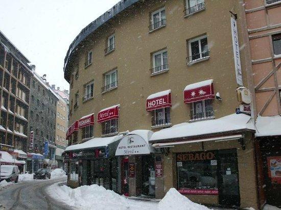 Hotel Mirtil: L'établissement