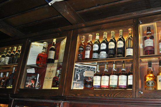 Black Stuff Irish Pub: unique WHISKY collection