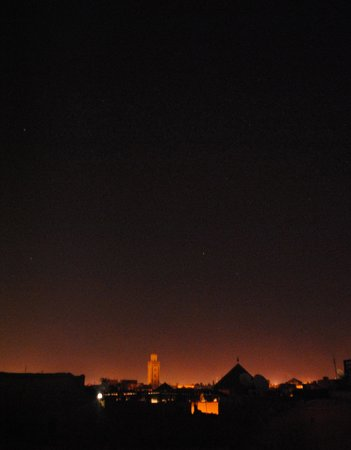 Riad El Zohar: view from the terrace at night!