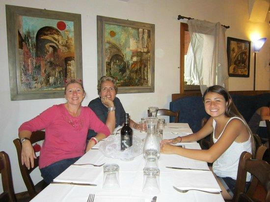 Hotel Ristorante Al Barco : Comfortable Dining Room with Good Food