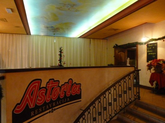 Astoria City Cuisine: Interno del locale