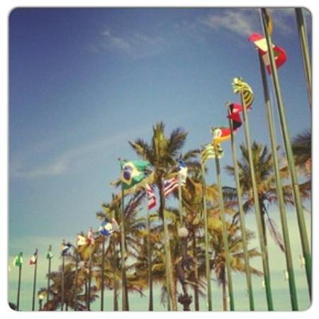 Santos, SP: Praça das Bandeiras