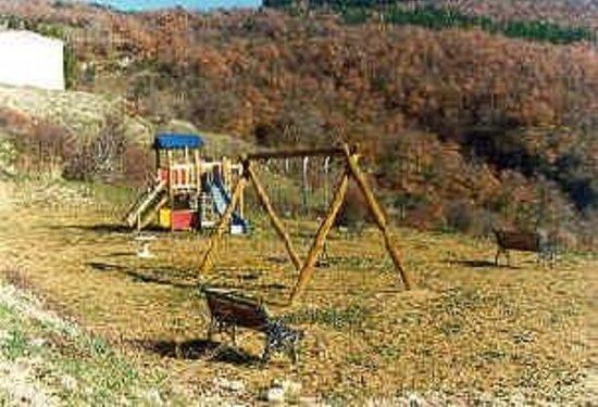 Agriturismo I Muri: parco giochi