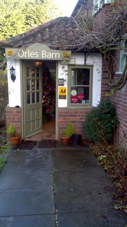 Orles Barn Hotel Restaurant: Main Entrance