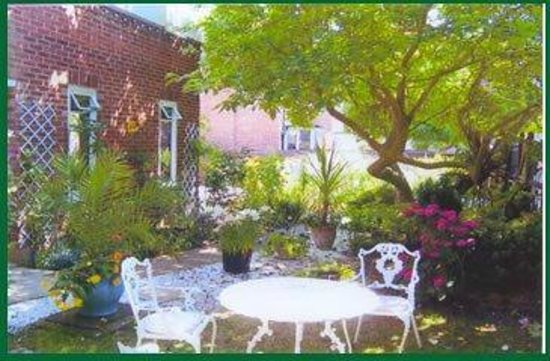 The Conifers Bed & Breakfast: House and Garden