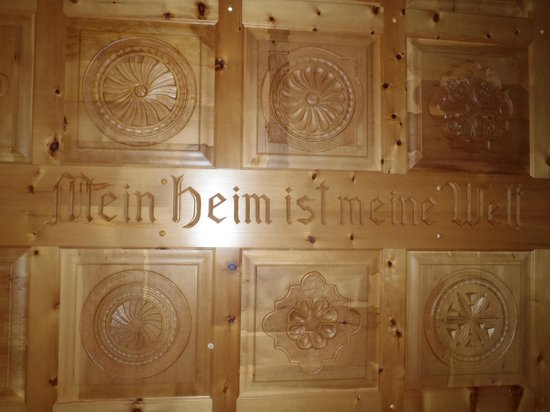 Allalin Swiss Alpine Hotel : Ceiling