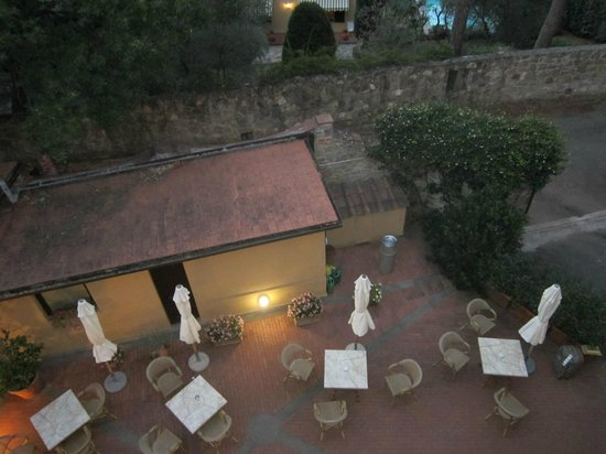 Villa la Stella: View of Courtyard from Balcony