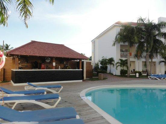 Be Live Collection Punta Cana: bar privé a cote de ma chambre