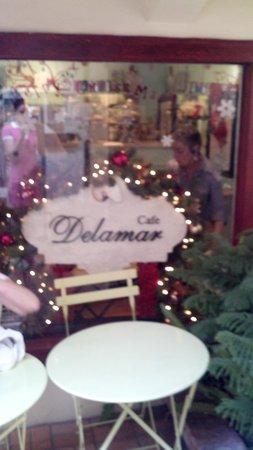 Cafe Delamar