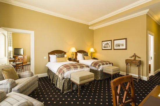 The Royal Hotel: Superior Guest Room with zipped King
