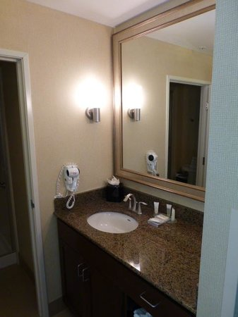 Staybridge Suites Reno Nevada: Bath