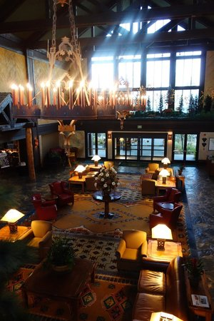 Tenaya Lodge at Yosemite: Wonderful lobby