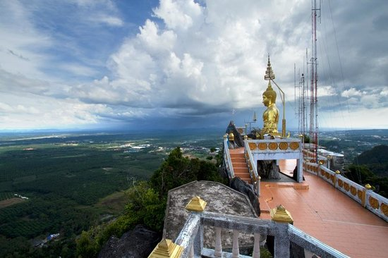 Begin your steps here - Picture of Tiger Cave Temple (Wat ...