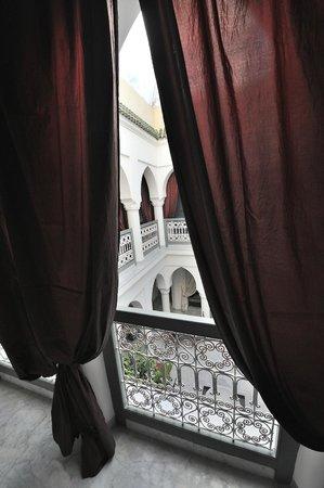 Riad Mirage: patio