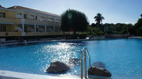 Laurisilva Apartments: pool