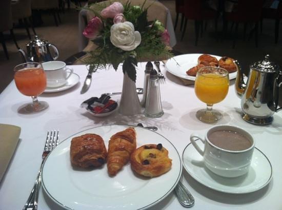 Grand Hotel Casselbergh Bruges: petit déjeuner