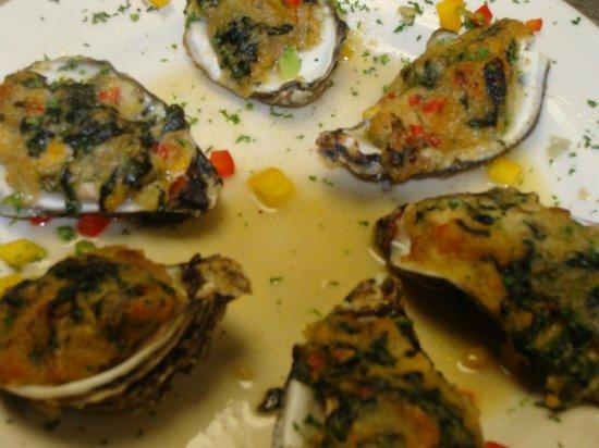 Antonio's Restaurant: Oysters d' Antonio a House Special