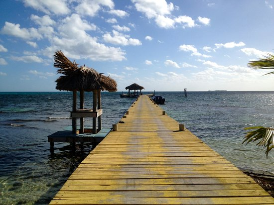 Itza Lodge: The dock