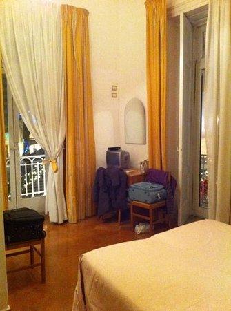 Hotel Fontana: camera spaziosa