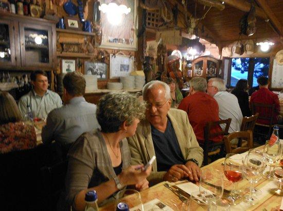 Ristorante El Comanchero: Dinner with friends - the Western US memorabilia is amazing.