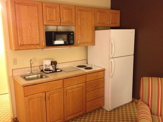Country Inn & Suites By Carlson, Albert Lea : Kitchenette