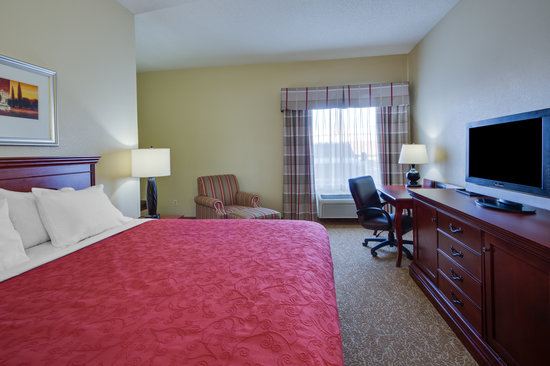 Country Inn & Suites By Carlson, O'Fallon: Country Inn and Suites Ofallon King Whirlpool Room