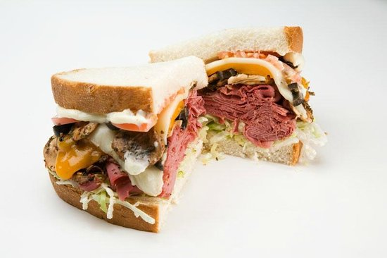 Gandolfo's New York Delicatessen: Knuckle Sandwich