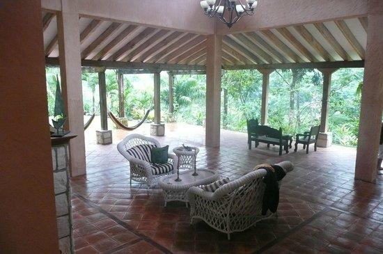 La Villa de Soledad B&B: Living area