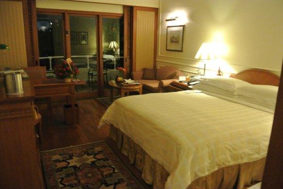 The Oberoi, Bangalore: room 434