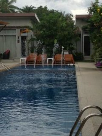 Phu NaNa Boutique Hotel: a pool you can swim in that doesnt smell like chlorine!