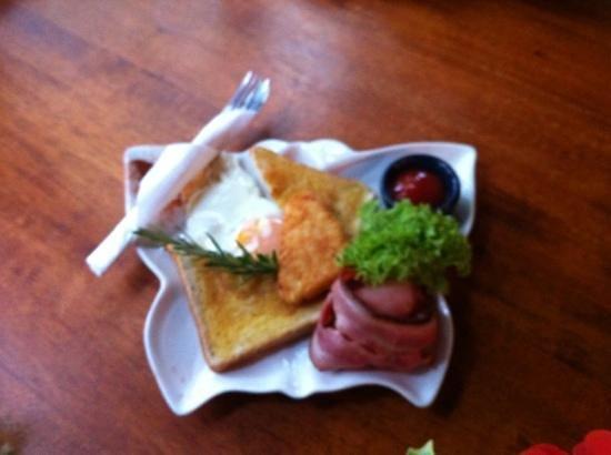 Talisman Cafe: kiddy breakfast