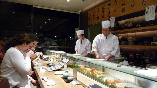 Sushi Kyotatsu: Sushi Bar