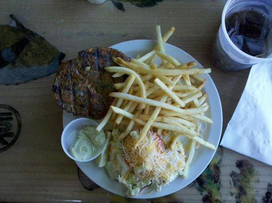 Paia Fish Market: Obama Burger