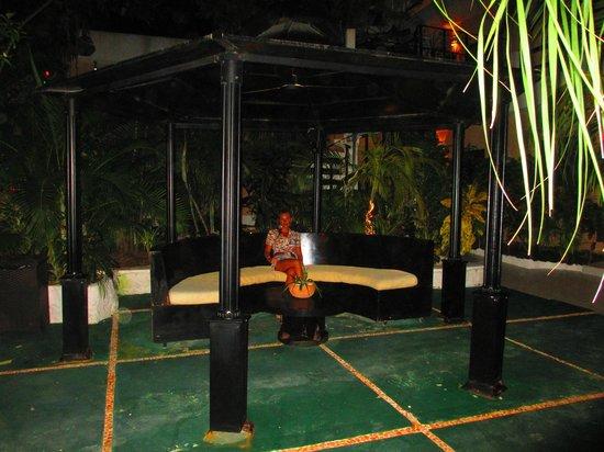 Maya Bric Hotel : PATIO